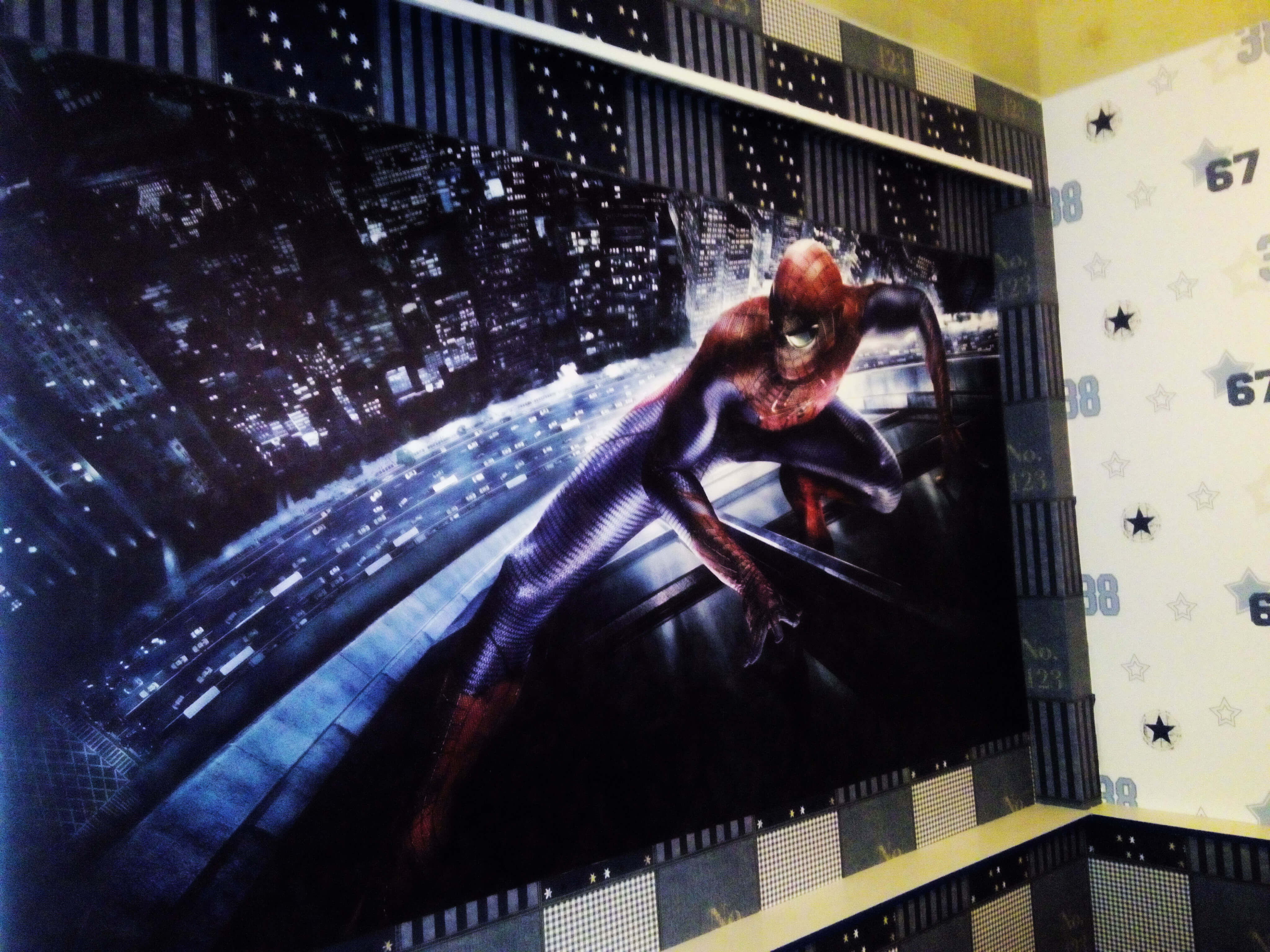 Фотообои с Человеком-пауком
